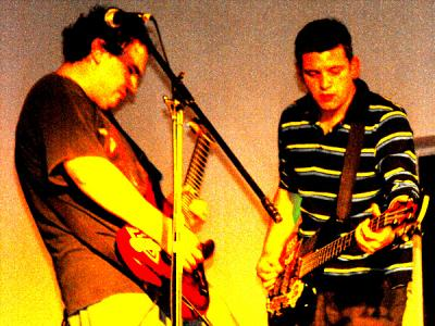 ABRIL ROCK A MIL 2009/ CHILLAN